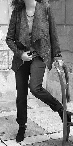 J'adore ma veste !!! www.nicolasvillani.fr #veste #vestedestructurée #fashion #paris #création #style #nicolasvillani #parisienne #parisianstyle #45avenuemarceau #mode #stylisme #modélisme #atelier #couture #créateurs
