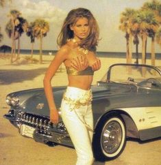 Raquel Welch looking gorgeous in front of the cool corvette, Beautiful Celebrities, Beautiful Actresses, Gorgeous Women, Niki Taylor, Modelos Pin Up, Divas, Cinema Tv, Up Girl, Classic Beauty