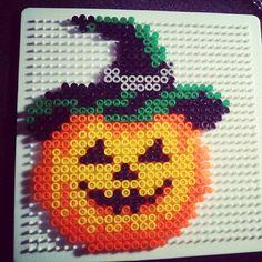 Halloween pumpkin hama beads by xedyglam