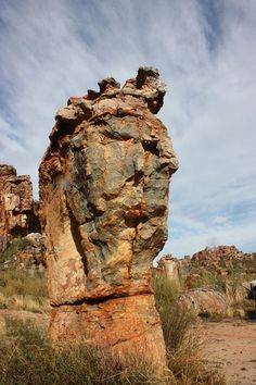 the world's best walks, treks and hikes: Cederberg,Western Cape, Cape Area, Optical Illusions Pictures, Illusion Pictures, Nephilim Giants, Giant People, Rocky Creek, Basalt Columns, Natural Structures, Rock Hill, Statues