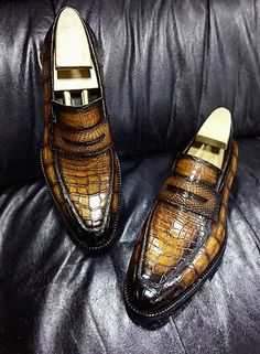 Casual Alligator Shoes, Luxury Alligator Slip-On Loafers for Men Mens Boots Fashion, Big Men Fashion, Fashion Vest, Grey Loafers, Loafers Men, Comfortable Mens Dress Shoes, Latest Ladies Shoes, Man Dressing Style, Shoe Wardrobe