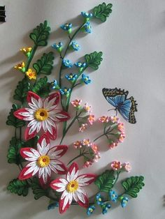 Butterfly and Spring Flowers Neli Quilling, Quilling Dolls, Quilling Videos, Paper Quilling Flowers, Paper Quilling Patterns, Quilling Paper Craft, Quilling Jewelry, Quilling Techniques, Quilling Designs