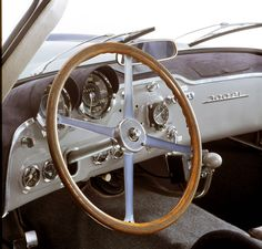 1952 MERCEDES-BENZ 300 SL UHLENHAUT COUPE Dashboard