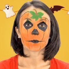 Si a tu hijo le gusta disfrazarse, Halloween es una ocasión inigualable para que pueda. En Guiainfantil.com te enseñamos a crear un maquillaje de calabaza de forma muy sencilla y rápida con el que tu hijo será el más original de la fiesta.