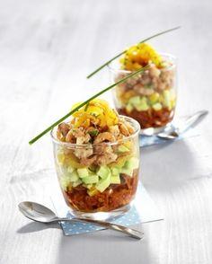 verrines-salees-crevettes-grises-avocat-tomate-sechee