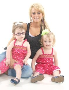 Leah Messer's Daughter Confined to Wheelchair, Teen Mom 2 Star Searching For Answers Leah And Jeremy, Celebrity Gossip, Celebrity News, Teen Mom 1, Leah Messer, Mom Series, She Girl, Celebs, Celebrities