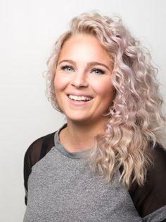 Place Diva Hiusmuotoilija Anna Martikainen