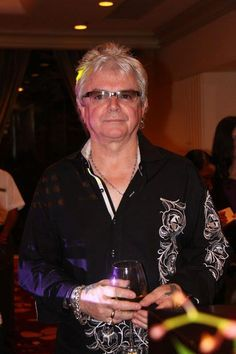 Nice Person, Air Supply, Mom And Sister, Great Bands, The Beatles, Concert, Photos, Pictures, Recital