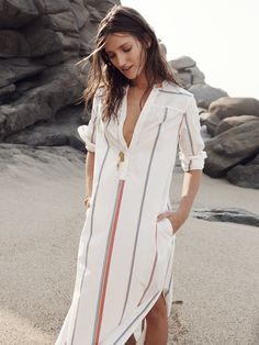 Madewell Kutra maxidress worn with Ensign necklace.