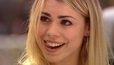 """Which New """"Doctor Who"""" Companion Are You? - BuzzFeed <== I got Rose Tyler! Why does that not surprise me?"""