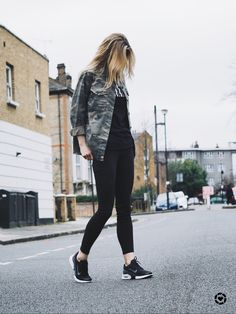 I've got new kicks and I might never take them off! @nikesportswear #kissmyairs #airmaxjewell #sp http://liketk.it/2qF0p #liketkit @liketoknow.it