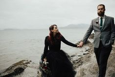 Adventurous and rocky wedding portraits  | Image by Elizabeth Anne Studios