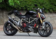 Ducati Nerima – Streetfighter S