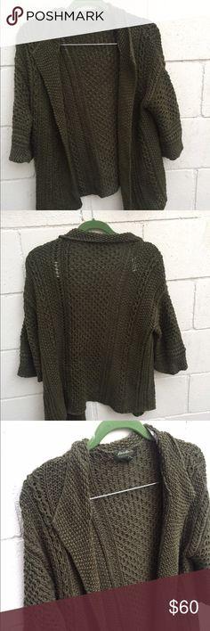 EDDIE BAUER Green Cardigan Adorable green thick cardigan. Good condition. Size M. Eddie Bauer Sweaters Cardigans