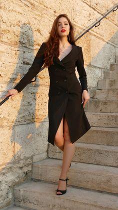 #orovica #orovicafashion #blazerdress #tuxedo #doublebeasted Double B, Tuxedo Dress, Blazer Dress, Timeless Fashion, Wrap Dress, Womens Fashion, Outfits, Dresses, Design