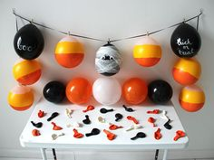 Halloween Decorating With Balloons