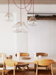 Suspension Bolla by Harry & Camilla for Fontanaarte - Photo Prue Ruscoe