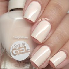 Sally Hansen Miracle Gel headed nude where Gel Manicure At Home, Manicure Colors, Gel Polish Colors, Gel Nail Polish, Nail Colors, Manicure Ideas, Nail Ideas, Colours, Love Nails