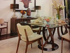Twisty dining table