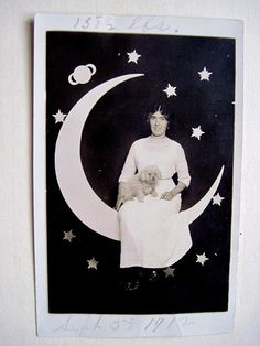 Tracy's Toys (and Some Other Stuff): It's Only a Paper Moon Postcard