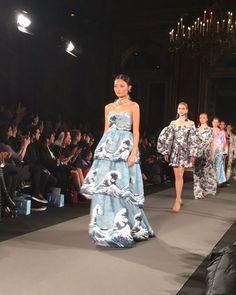 @yumikatsura_paris #show #defile #hautecouture #fashionweek #paris #printemete #newcollection #trends #springsummer2018 #ss18 #fashion #tendances #designers #pfw #modemonline #CollezioniHautecouture #magazine #presse #finale #japanese #designer #kimonostyle #magical @collezionihautecouture @karolina_trawinska via COLLEZIONI MAGAZINE official Instagram - #Beauty and #Fashion Inspiration - Beautiful #Dresses and #Shoes - Celebrities and Pop Culture - Latest Sales and Style News - Designer…