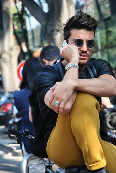 Mariano Di Vaio Yes Sir!  I'll have mustard on that!