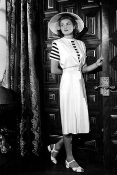 Ingrid Bergman, 1942 We'd wear those midi-heeled sandals RIGHT now. Check out a flawless Ingrid Bergman working the monochrome look on the s...