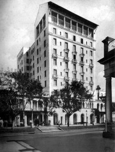 1930 Hotel Sevilla Countries Around The World, Around The Worlds, Havana Hotels, Our Man In Havana, Vintage Cuba, Cuban People, Varadero, Beaches In The World, Havana