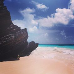 Relax in Stonehole Bay in #Bermuda. Photo courtesy of marcauxvisual on Instagram.