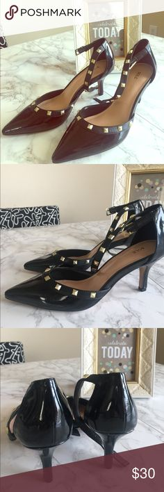 Sole society Tiia kitten heel shoes- size 6.5 Sophisticated and Valentino- inspired studded kitten-heeled shoes. Designed with sling back, gold tone hardware and ankle strap closure. Can make a casual outfit glamorous. Faux patent leather. Never been worn. Sole Society Shoes Heels