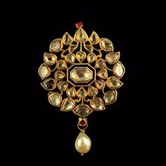 A Diamond and Pearl Pendant with Enamel Back India c. Diamond, Pearls and Enamel Length Mughal Jewelry, India Jewelry, Gems Jewelry, Pendant Jewelry, Pendant Design, Pendant Set, Diamond Pendant, Pearl Pendant, Engagement Jewelry