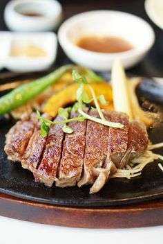 Teppanyaki Kyoto-beef is lightly seared on your Neff Teppanyaki or Griddle plate