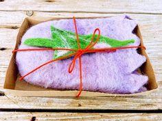 Xmas elf pocket for glasses or telephone or money or small gift. Xmas Presents, Xmas Gifts, Xmas Elf, Telephone, Free Delivery, Maya, Beautiful Flowers, Ireland, Felt