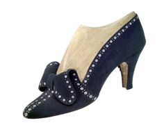 Shoe, 1936.  Sarkis Der Balian.  Musée International de la Chaussure.