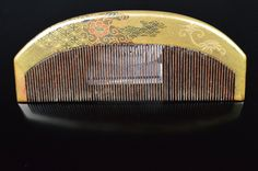 Fine Gold lacquer /   wave pattern / hair comb / 1900s / Japanese antique /  kanzashi / Geisha / kimono / hair ornaments / made in Japan by JapaVintage on Etsy