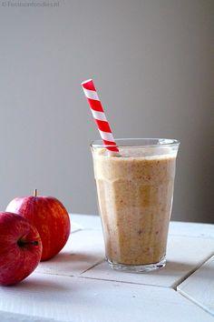 Vegan appel-kaneel smoothie - Focus on Foodies Oat Smoothie, Smoothie Drinks, Smoothie Recipes, Smoothie Blender, Detox Drinks, Healthy Breakfast Smoothies, Vegan Smoothies, Healthy Snacks, Healthy Recipes