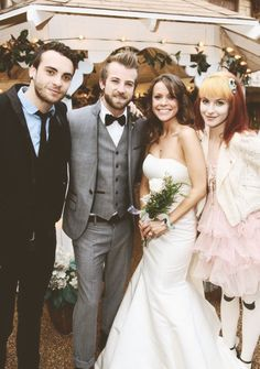 Jeremy and Kat's wedding! Hayley's outfit is so adorable and Jeremy looks like a baby!