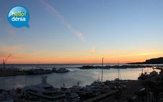 Puerto de Denia al amanecer