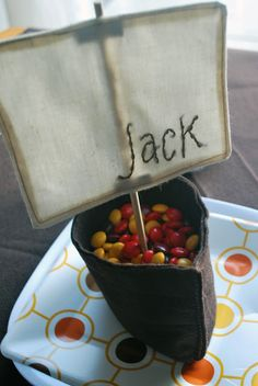Adorable Thanksgiving place setting/treat holder for kids