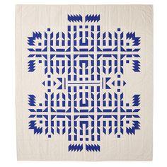 """ladyburde: """"Meg Callahan, V Quilt """" Textiles, Textile Patterns, Textile Art, Quilt Patterns, Contemporary Quilts, Quilt Making, Quilting Designs, Quilt Design, Graphic"""