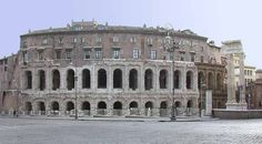 """""""Uno de los teatros mas antiguos que sobrevivo en Roma, es el Teatro de Marcelo. Fue iniciado por César y terminado por Augusto alrededor del año 11 o 13. Se asienta sobre una superficie plana y se apoya mediante la radiación de las paredes y bóvedas de hormigón. Una galería con adjuntos medias columnas recorre todo el edificio. Las columnas son de estilo dórico y jónico."""" Información tomada de crystalinks y traducida"""