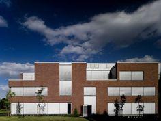 SAP LABS Hungary Irodaház - Graphisoft Park Labs, Hungary, Multi Story Building, Marvel, Labrador, Labrador Retrievers, Lab