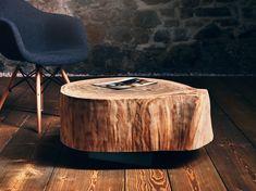 Ø ~ 33 cm / 50 cm / 70 cm Der the loft – Wohnzimmertisch no_04, der aus einem massiven Eichenstamm geschnitten ist, setzt mit seinem Schwarzstahlgestell einen rustikalen, natürlichen und gleichzeitig modernen Akzent in Ihrem Wohnzimmer. Er ist je nach individuellem Bedarf in drei verschiedenen Größen, als 3er Gruppe oder einzeln erhältlich. The Loft, Modern, Ottoman, Design Inspiration, Chair, Furniture, Inspired, Home Decor, Urban Design