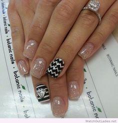 Botanic nails glitter, nude, black and white