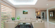 Productos Couch, Furniture, Home Decor, Shutters, Curtains, Decorations, Products, Sofa, Sofas