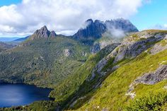 Lookout on the way to Cradle Mountain Summit