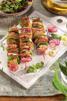 Appetizer recipes go by the hundreds today, as almost any computer owner making use of an Internet c Cheap Appetizers, Best Appetizer Recipes, Healthy Appetizers, Dinner Recipes, Cooking Recipes, Healthy Recipes, Easy Meals, Food And Drink, Nutrition