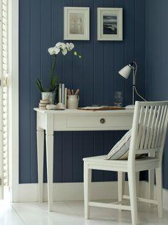 Draperiet på Høvik i Bærum er forhandler for Farrow & Ball maling og tapeter. via For the Home / Westerbroek - Exclusive Paints & Wallpapers / Paints / Farrow & ball)