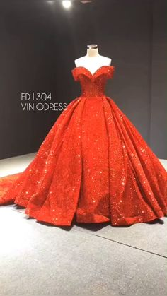 Off the shoulder red ball gown. Sparkly sweet 15 dress with train. # what to wear to a Quinceanera Red sequin prom dress off the shoulder Red Ball Gowns, Vintage Ball Gowns, Ball Gowns Prom, Ball Gown Dresses, Evening Dresses, Prom Dresses, Quinceanera Dresses, Dress Prom, Sweet 15 Dresses