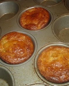 Banana Muffins (Low carb/low sugar, gluten free, dairy free): My new favorite breakfast treat!